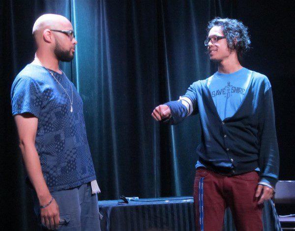 Eric Jones med Henning Phan. Eric förklarar hur brutal en sponge ball rutin egentligen är och att samma gäller för mynt.