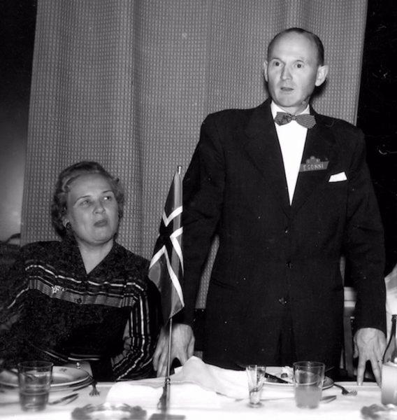 Egonni och hans fru 1957
