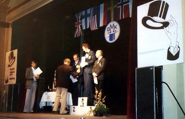 Vid prisutdelningarna assisterade ordförande Hasse Hansson, utdelare var Jean Cennard. Här vinnarna i Close-up: 1.Gert Malmros 2.Max Milton 3.Perino