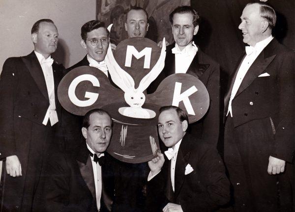 1948 - Stående: Egonni, Mr Trollby, Harrby, Mr Sharper, Verner Åslund. Sittande: Yoza, Gunold