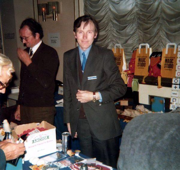 Magic Studio (England) med Ron MacMillan