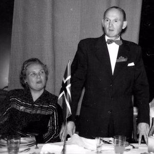 Egonni med fru 1957