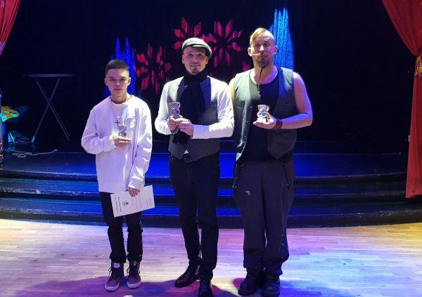 Benjamin, Robert och Anton