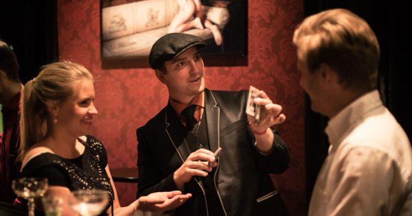 Anders Fox + Auktion - 4 mars 2019 @ Teater Buratino | Göteborg | Västra Götalands län | Sverige